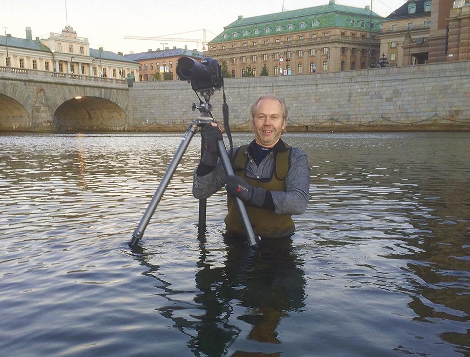 Massor av bilder pa staden vid vattnet