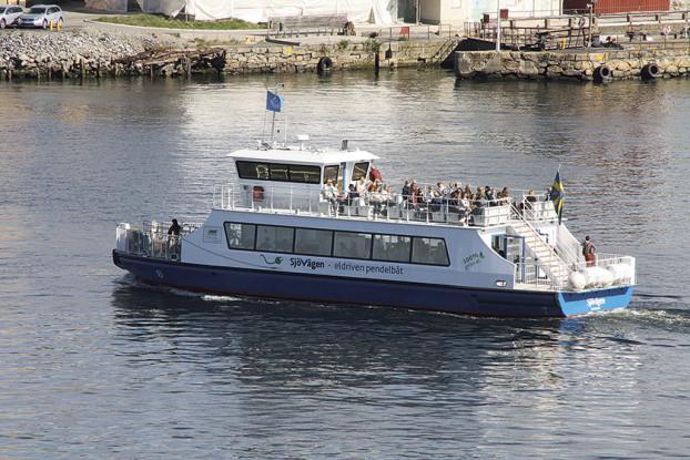 09 Tour_boat_Stockholm_(2)_(Kenny_McFly)