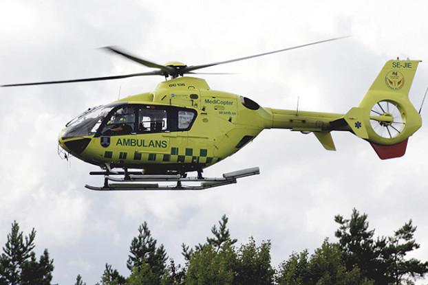 03 Ambulans_15_augusti_2009